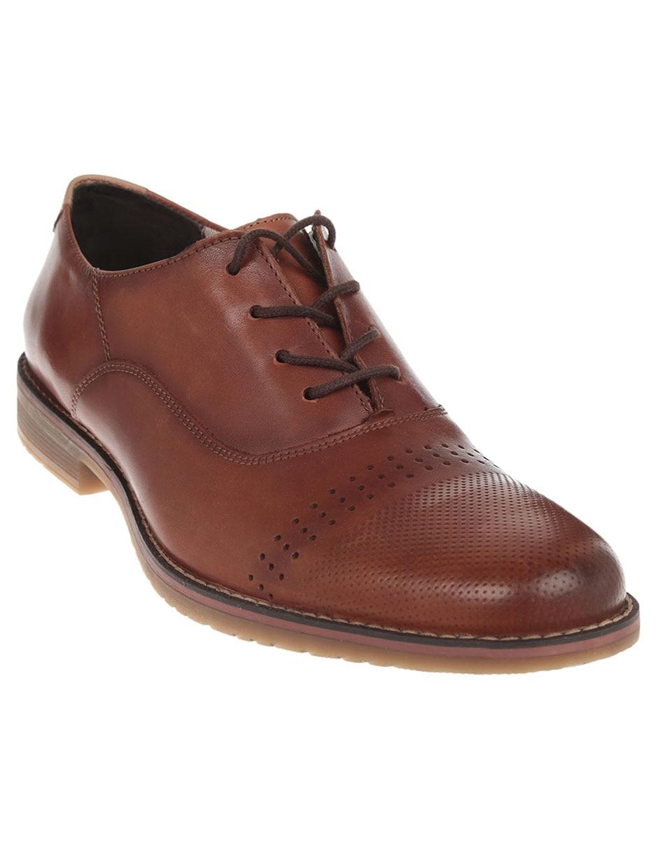 cedfb4001 Zapato oxford con perforaciones Flexi de piel tan